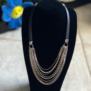 8-stand chain and rhinestone necklace